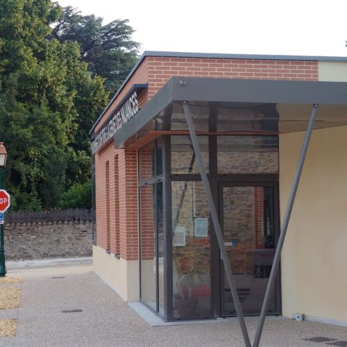 structure facade batiment public architecte
