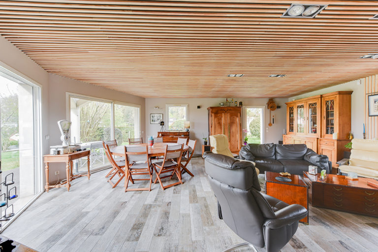 rénovation maison plafond bois